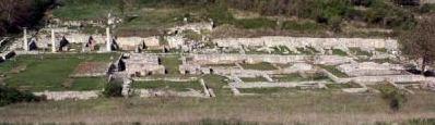 Panorama degli scavi di Alba Fucens