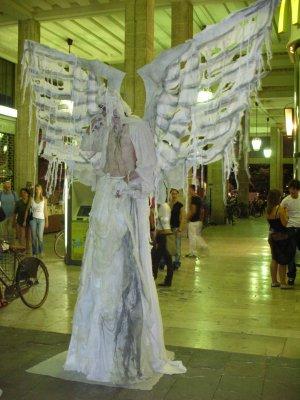 Un artista di strada alla Busker Fest di Ferrara